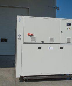 CWB - refrigeratori condensati ad aria 140 kW A 570 kW 7