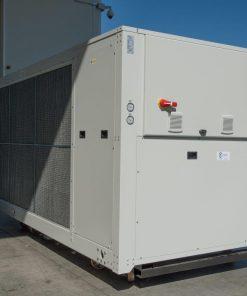 CWB - refrigeratori condensati ad aria 140 kW A 570 kW 8