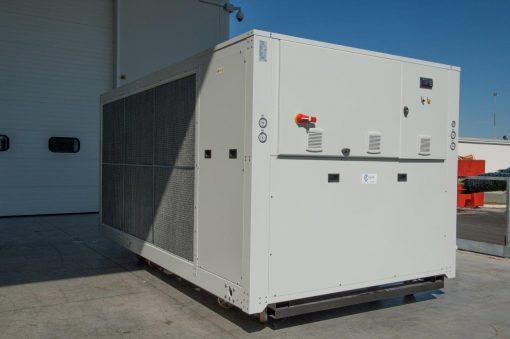 CWB - refrigeratori condensati ad aria 140 kW A 570 kW 3