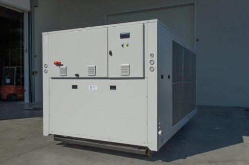 CWB - refrigeratori condensati ad aria 140 kW A 570 kW 4