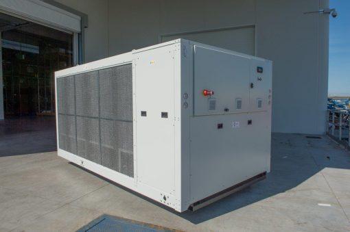 CWB - refrigeratori condensati ad aria 140 kW A 570 kW 1