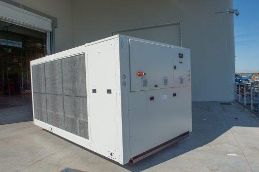CWB - refrigeratori condensati ad aria 140 kW A 570 kW 6