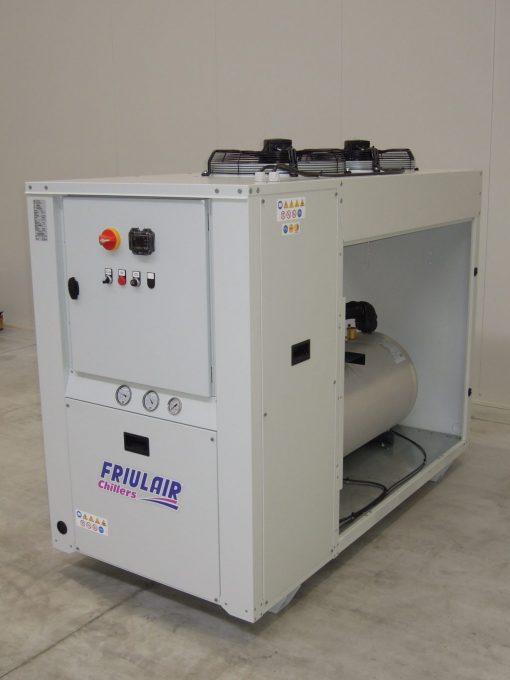 CWT - refrigeratori condensati ad aria da 7 kw a 128 kw 1