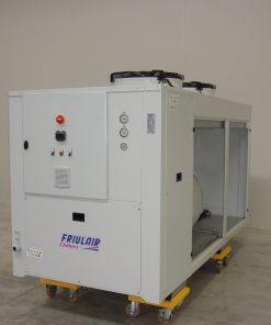CWE HWE - refrigeratori condensati ad aria da 13 kw a 141 kw 6