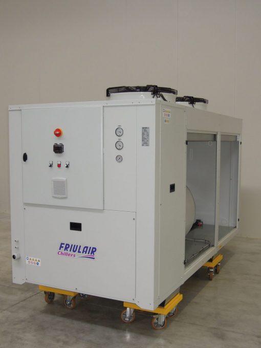 CWE HWE - refrigeratori condensati ad aria da 13 kw a 141 kw 3
